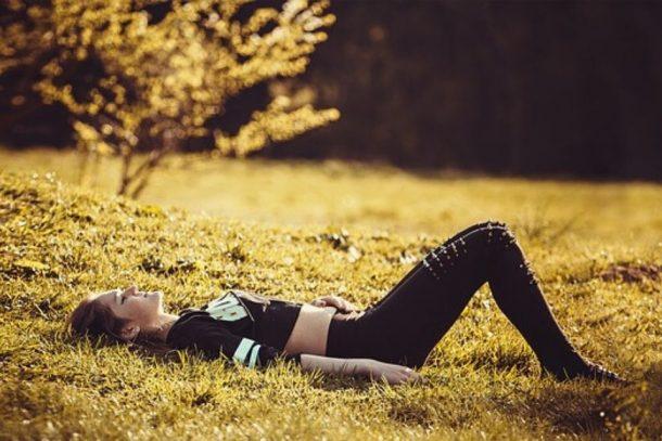 liggend ontspannen relax sjamanendrum meditatie